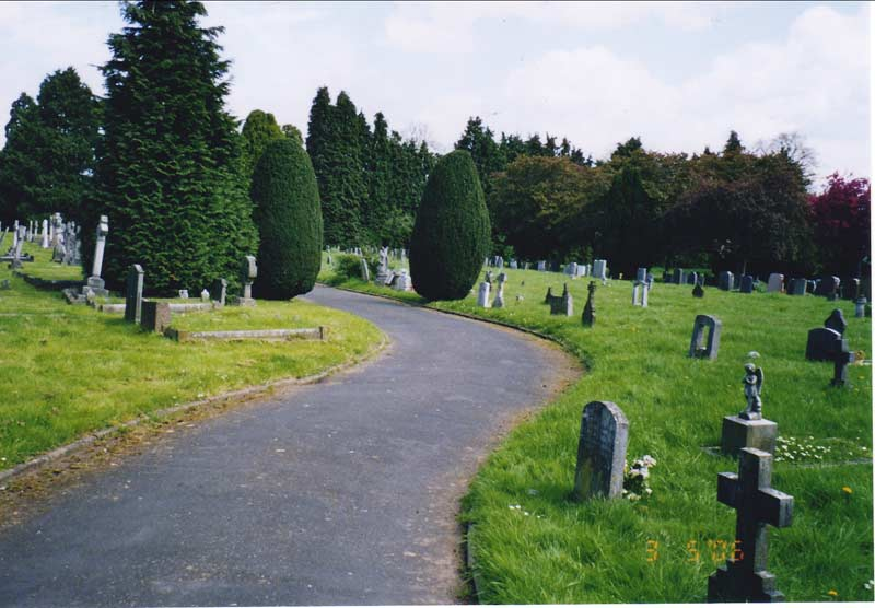 A guide to burial grounds in Leamington