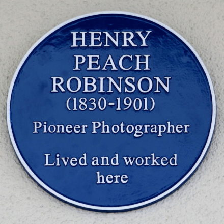 Peach-Robinson10-1-Blue-Plaque-23Sep2015-A-Jennings